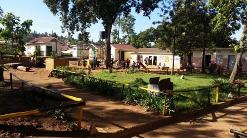 Luzira-School